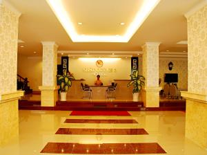 Nhat Quynh Hotel 2