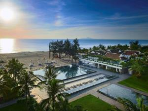 Pullman Đà Nẵng Beach Resort